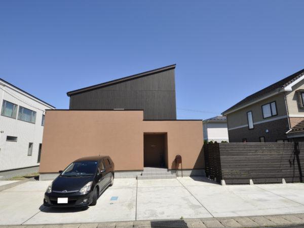 新屋日吉町の家